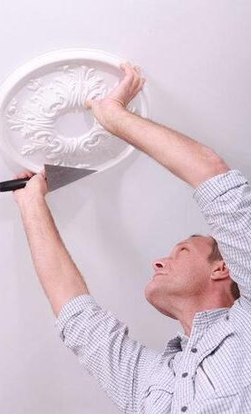 installing a ceiling rose